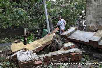 Cyclone Amphan toll in West Bengal rises to 77; electricity, mobile services restored in some worst-hit areas