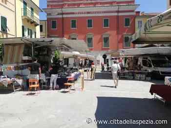 Ottimismo e proposte, il mercato di Sarzana si adegua all'emergenza - Città della Spezia