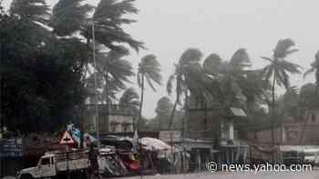 Amphan: Cyclone wreaks deadly havoc in India and Bangladesh