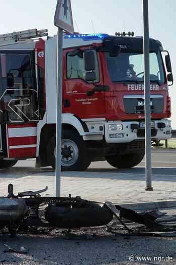Altentreptow: Motorradfahrer stirbt bei Unfall - NDR.de