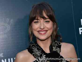 Dakota Johnson a 'costume of depression' during lockdown - Fort McMurray Today