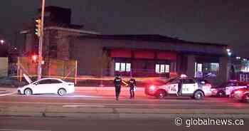 23-year-old man shot while driving his car in Etobicoke, police say - Globalnews.ca