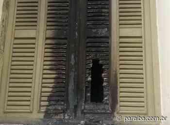Vândalos ateiam fogo em igreja católica de Itaporanga; Diocese repudia - Portal PARAIBA.COM.BR - Paraiba.com.br