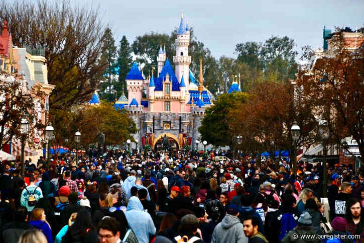 What an attendance cap could mean for crowded Disney parks in the coronavirus era