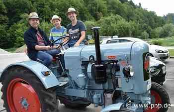 Mit Traktor und Kutsche: Gemächliche Ausfahrt am Vatertag - Passauer Neue Presse