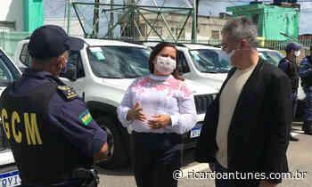 Viaturas doadas pelo Ministério da Justiça chegam em Ipojuca - Ricardo Antunes