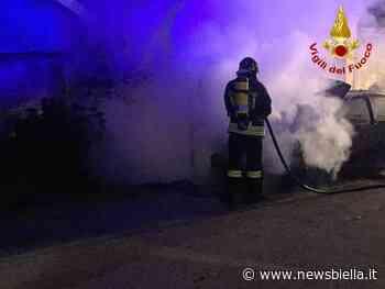 Auto in fiamme nella notte a Gaglianico - newsbiella.it
