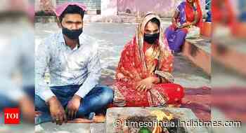 19-year-old bride walks 80km to groom's place, gets married