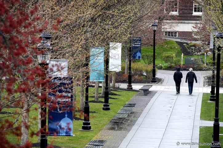 RPI cuts non-tenured faculty, staff