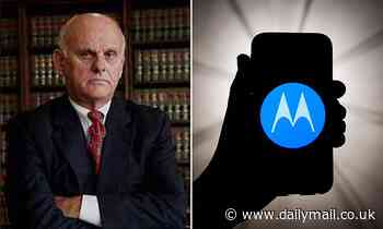 Law enforcement needs a search warrant to look at the lock screen on your smartphone, judge rules