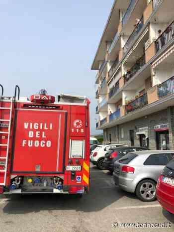 PIOSSASCO - Minaccia di gettarsi nel vuoto: carabinieri e vigili del fuoco lo fermano - TorinoSud