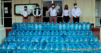Recibe Naranjos mil litros de agua embotellada - La Opinión