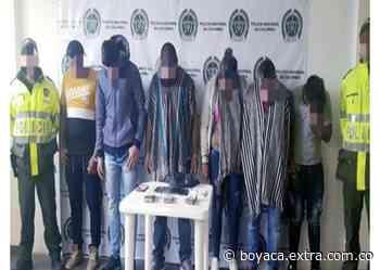 En Sotaquirá, Boyacá, capturan seis peligros hombres acusados de robar $17 millones - Extra Boyacá