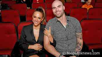Jana Kramer, Mike Caussin releasing self-help book about marriage