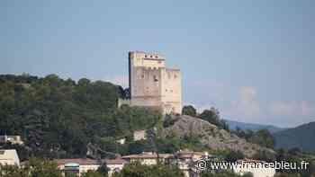 la Tour de Crest - trois siècles de graffitis - France Bleu