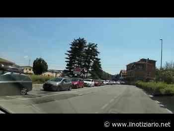 Limbiate, lunghe code per la discarica, qualcuno abbandona rifiuti in strada   VIDEO - Il Notiziario