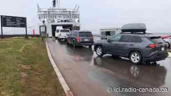 Passage vers les Îles-de-la-Madeleine : un flou persiste | La COVID-19 en Atlantique - ICI.Radio-Canada.ca
