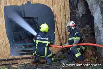 Un bâtiment abandonné ravagé par les flammes dans le centre de Gerzat (Puy-de-Dôme) - Gerzat (63360) - La Montagne