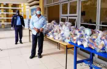 Llegan a liceo de Nagua kits de alimentos para estudiantes luego de denuncia - CDN
