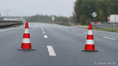 Autobahn A6 über den Vatertag bis Montagmorgen wegen Bauarbeiten bei Einsiedlerhof zwischen Landstuhl und Kaiserslautern gesperrt Baugerüst für neue Autobahnbrücke wird abgebaut | Kaiserslautern | SWR Aktuell Rheinland-Pfalz | SWR Aktuell - SWR
