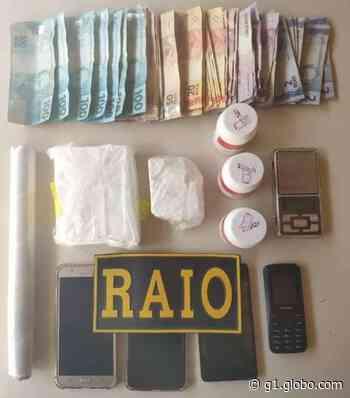 Mulher é presa suspeita de vender drogas no Centro de Aracati, no Ceará - G1