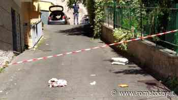 Omicidio suicidio a Roma: uccide la moglie e si spara dopo aver ferito il figlio