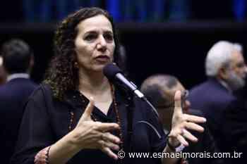 Jandira Feghali comenta os vídeos da reunião ministerial; assista - Blog do Esmael