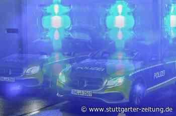 Missglückte Übungsfahrt in Uhingen - Auto landet in Schaufenster - Stuttgarter Zeitung