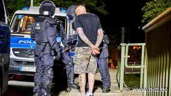 Rechtsextremismus (Sachsen): Neonazi-Horde geht auf Polizei los - BILD