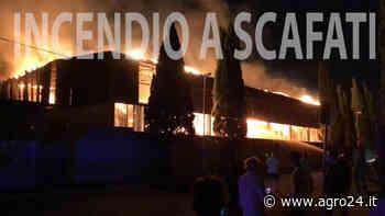 Spaventoso incendio stasera in via Passanti a Scafati - Agro24