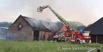 Gebäude völlig zerstört: Niemand verletzt bei Scheunenbrand in Bedburg-Hau - Bedburg-Hau - Lokalkompass.de