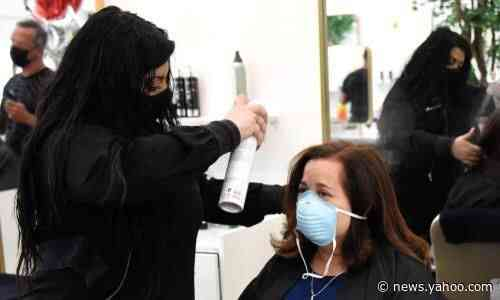 Officials say Missouri hair stylist may expose 91 people to Covid-19