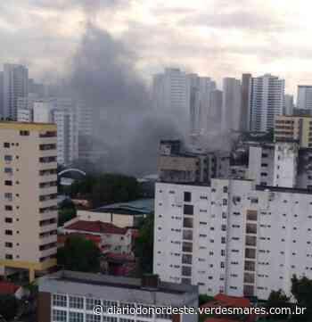 Incêndio atinge prédio comercial na Avenida Santos Dumont, na Aldeota - Diário do Nordeste