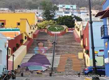 Pintan gigantes en las escaleras anchas de Atlixco - Municipios Puebla