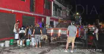 Pánico por voraz incendio en Tlapacoyan - Vanguardia de Veracruz