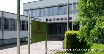 Gemeinderat Schmelz tagte in der Primshalle - Saarbrücker Zeitung
