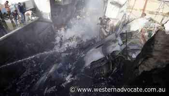 Pakistan plane crashes, 97 dead - Western Advocate