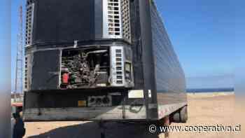 Interceptan contrabando de semirremolques y frigorífico en Tarapacá - Cooperativa.cl