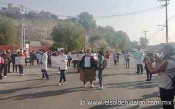 Se manifiestan trabajadores del H. G. de Tula - El Sol de Hidalgo