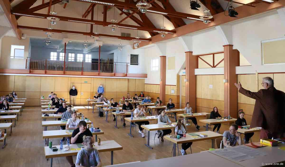 Unterricht am Welzheimer Limes-Gymnasium auf neuen Wegen - Welzheim - Zeitungsverlag Waiblingen