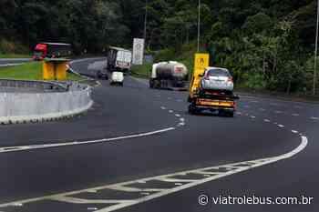 Rodovia Régis Bittencourt tem pistas bloqueadas em Campina Grande do Sul após acidente - Via Trolebus