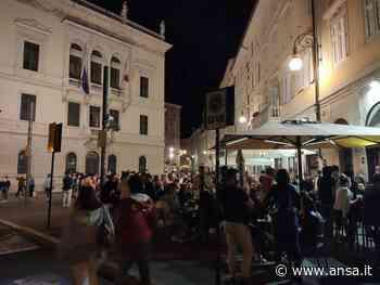 Fase 2:sabato sera a Trieste tanti giovani e molti controlli - Agenzia ANSA