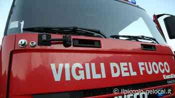 Incendio in casa a Trieste, in fuga coppia con figlioletto: i vigili del fuoco spengono le fiamme - Il Piccolo