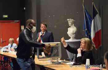 A Coubron, un conseil municipal sans embrassades, marqué par le souvenir des disparus - Le Parisien