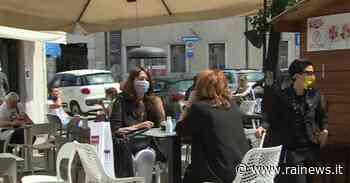 A Tolmezzo, tra bar e negozi, si torna lentamente alla normalità - TGR Friuli Venezia Giulia - TGR – Rai
