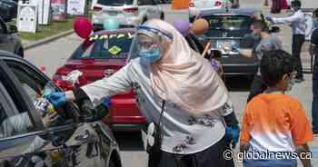 Coronavirus: Mississauga mosque celebrates socially distant Eid with drive-thru gift handouts