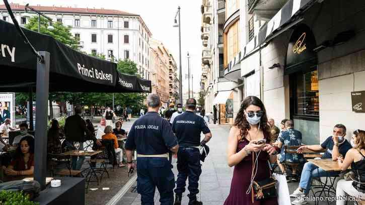 """Milano, folla per la movida: """"Abbiamo un problema"""", è polemica per la foto pubblicata da Muccino - La Repubblica"""