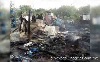 Fuerte incendio devora por completo humilde vivienda en San Fernando - Vox Populi