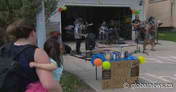 Coronavirus: Okotoks musicians rock out from driveways to support food bank