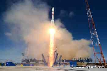 Russian military satellite launch spawns space-junk fireball over Australia (video)